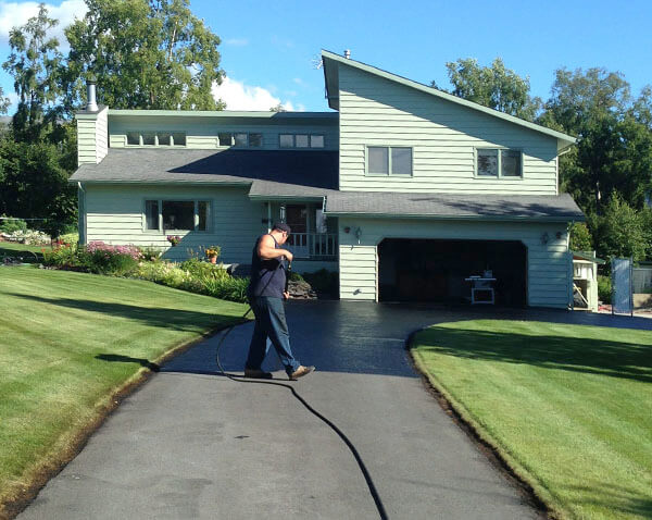Nothing but Driveways Oil based seal coating